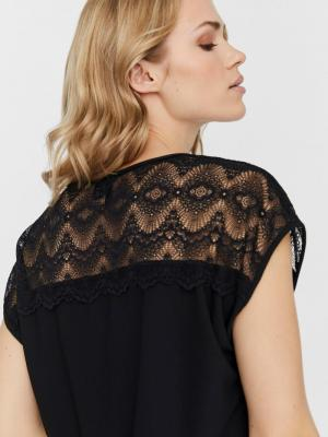 Milla lace top Black