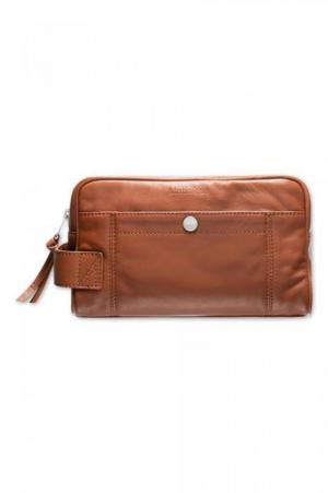 Washbag Leather logo