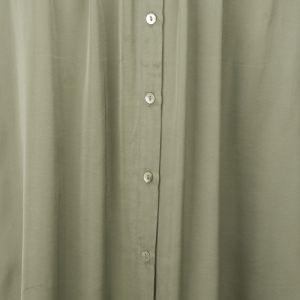 Skirt satin buttoned closure logo