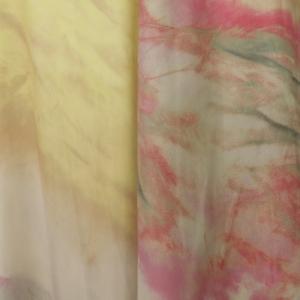 Skirt blurred print. logo