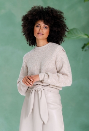 Pullover shoulderwing beige